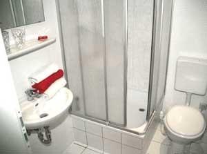 hotel pension kleist berlin. Black Bedroom Furniture Sets. Home Design Ideas
