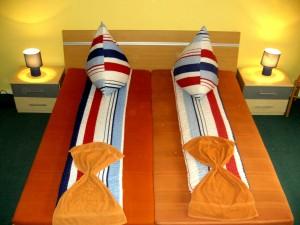 hotel pension grand berlin. Black Bedroom Furniture Sets. Home Design Ideas