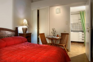 2 person comfort apartment with private facilities (bath and shower)