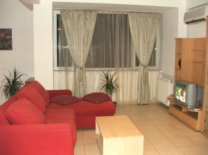 3 person economy 2 room apartment with city view, queen bed, and private facilities (bath and shower)
