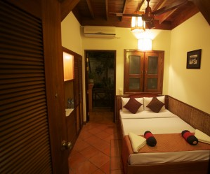 Deluxe double with garden view, balcony, and private facilities (shower)