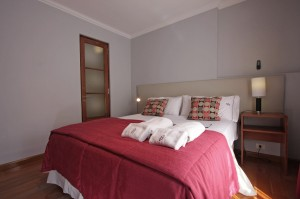 Classic double or twin with queen bed, and private facilities (shower)