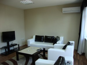 Basic double with city view, and private facilities (shower)