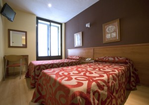 Double or twin with private facilities (bath and shower)