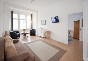 6 person 3 room apartment with balcony, and private facilities (bath)