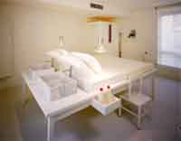 Deluxe triple and 1 child with terrace, and private facilities (bath)
