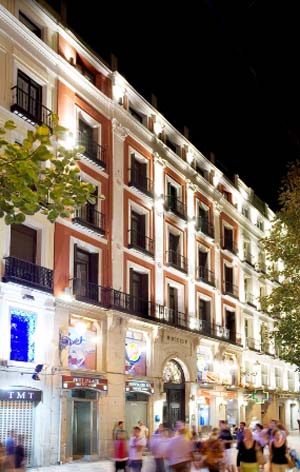 Hotel petit palace puerta del sol madrid for Hotel arenal madrid