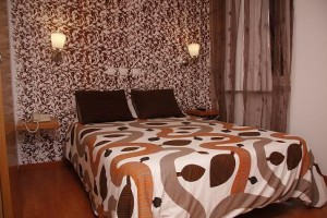 Superior double with private facilities (bath and shower)