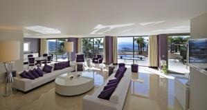 4 person villa with sea view, balcony, and private facilities
