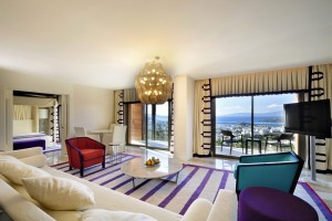 4 person superior 2 room suite with sea view, balcony, and private facilities