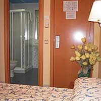 Standard double for single use with city view, and private facilities (shower)