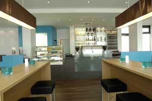 hotel motel one hamburg altona hamburg. Black Bedroom Furniture Sets. Home Design Ideas