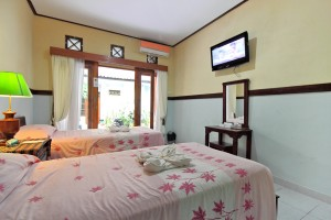 Deluxe double or twin with garden view, balcony, private facilities (bath and shower), and breakfast