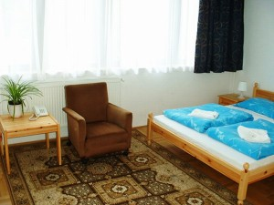 Standard double or twin with private facilities (shower), and breakfast