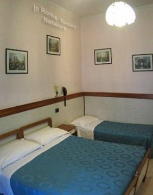 https://www.tobook.com/photos/8438_113165_hotel-soggiorno-blu_Rome.jpg