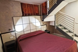 Basic quad with private facilities (bath and shower), and breakfast
