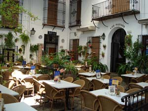 Hotel Los Patios Is Placed Just Opposite The Famous Mosque Cathedral In The  Middle Of The Historical Center And Patrimony Of The Humanity Of Cordova.